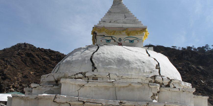 Khumjung Chorten
